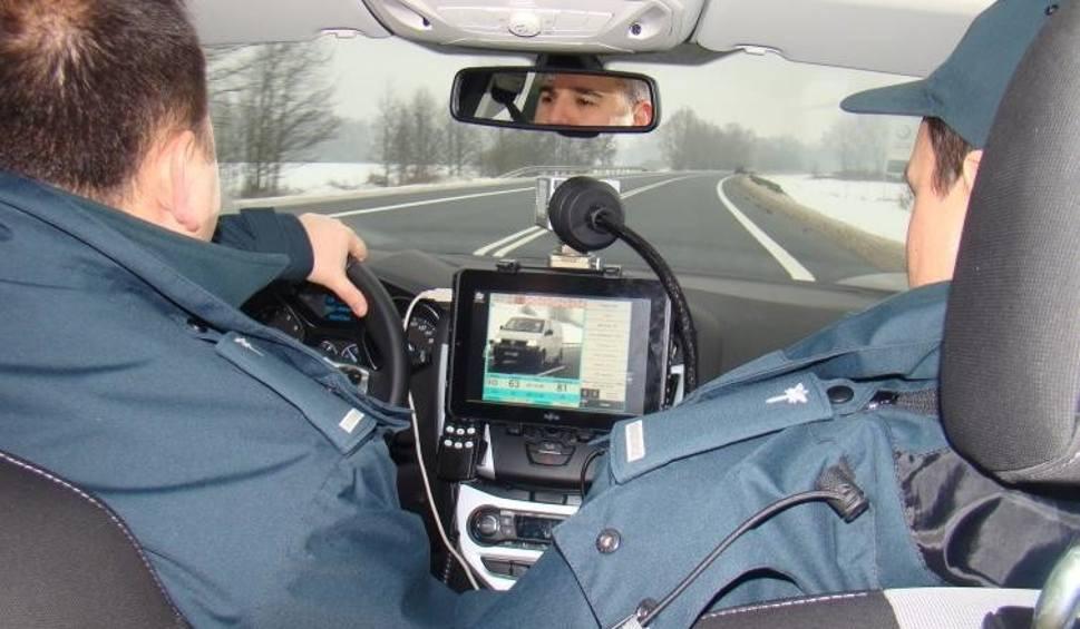 Film do artykułu: Nieoznakowane radiowozy w policji. Na które modele uważać? [ZDJĘCIA]