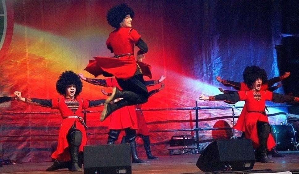 Film do artykułu: Podlaska Oktawa Kultur. Na XII Międzynarodowy Festiwal Muzyki, Sztuki i Folkloru przyjadą goście z Indii i Afryki. Lista (zdęcia)
