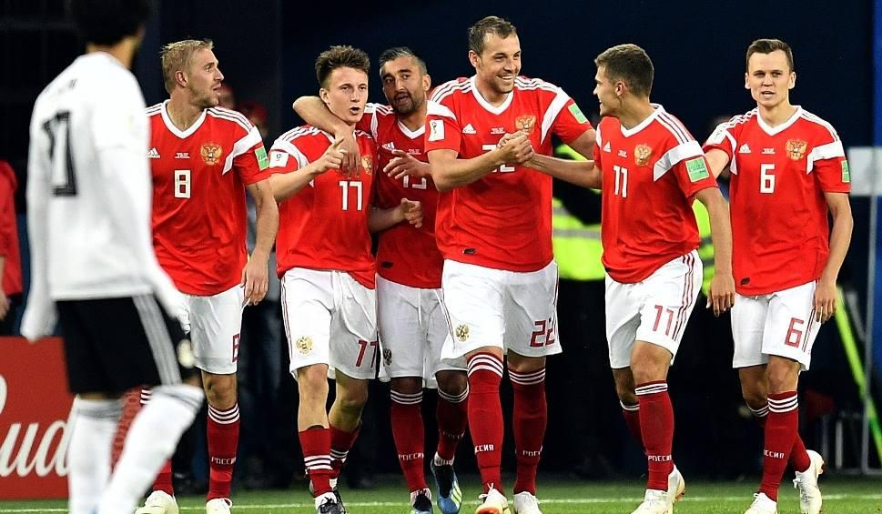 Film do artykułu: Mundial 2018. Czerczesow melduje wykonanie zadania: Rosja w 1/8 finału! Egipt z drugą porażką