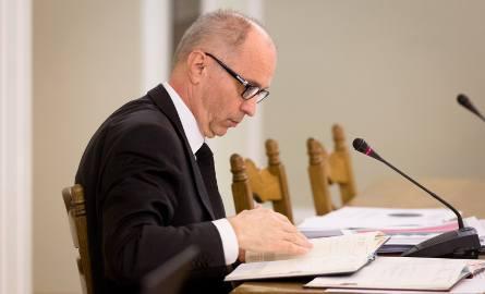 """Wojciech Kwaśniak i Andrzej Jakubiak zabierają głos po zatrzymaniu. """"KNF zdemaskowała grupę przestępczą w SKOK Wołomin"""""""
