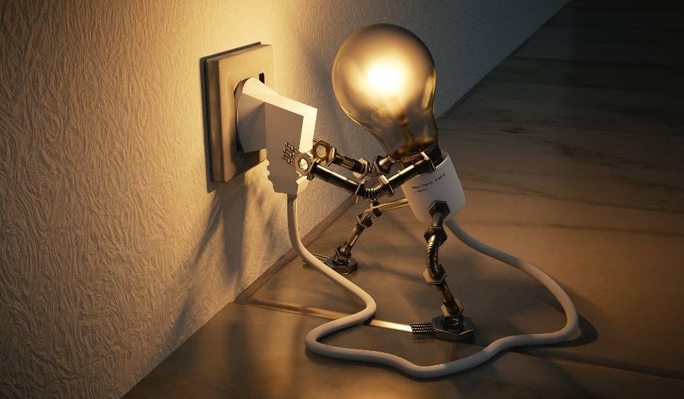 Film do artykułu: Wyłączenia prądu na Śląsku od 14 do 20 października 2020. Gdzie dziś nie będzie prądu? Sprawdź pełny wykaz ulic i godzin