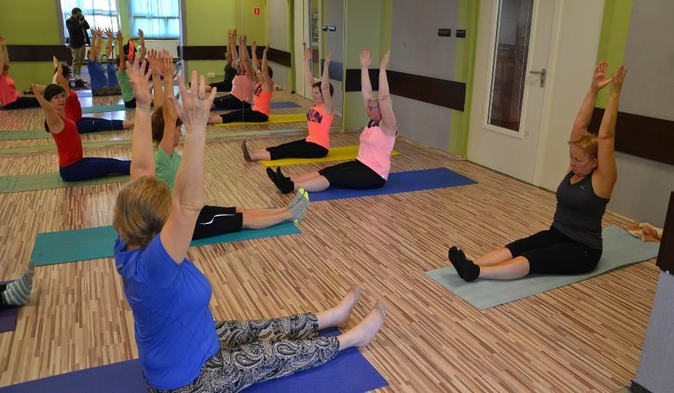 Film do artykułu: Żorscy seniorzy na ćwiczeniach pilates - tak dbają o swoją sprawność! ZDJĘCIA