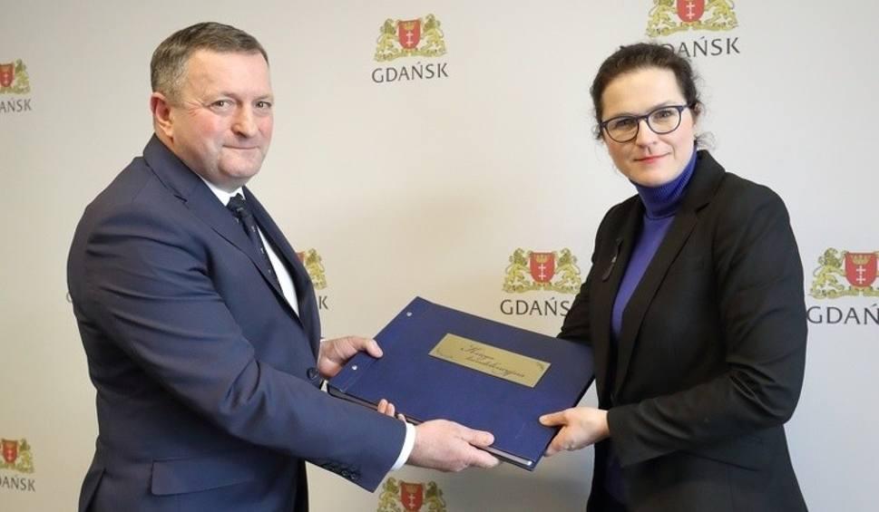 Film do artykułu: Księga kondolencyjna i kotwica od wójta Gorzyc dla Gdańska