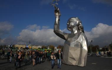 Około 300 tysięcy klientów odwiedziło Posnanię w pierwszych dniach po otwarciu galerii