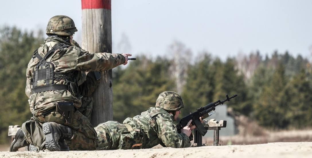 W związku z tym, że powiększają się siły zbrojne, rośnie zapotrzebowanie na ochotników