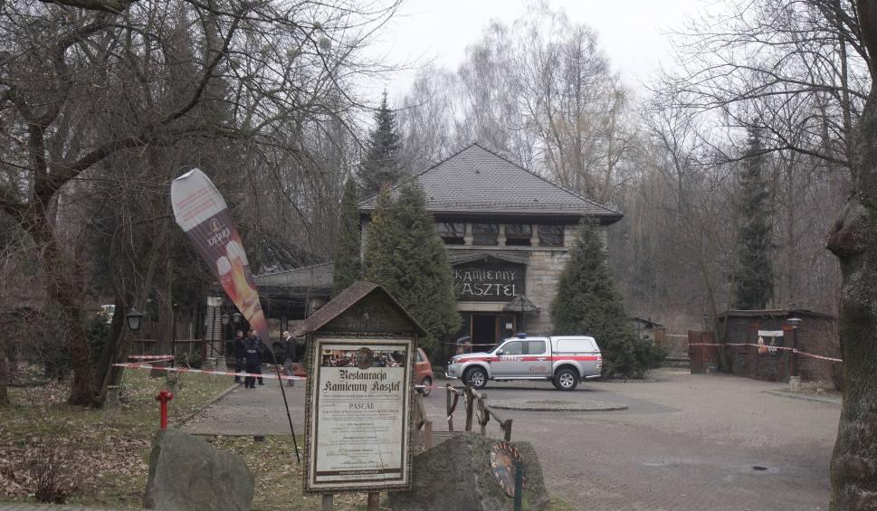 Film do artykułu: Pożar restauracji w Parku Śląskim: Kamienny Kasztel może się zawalić WIDEO+ZDJĘCIA