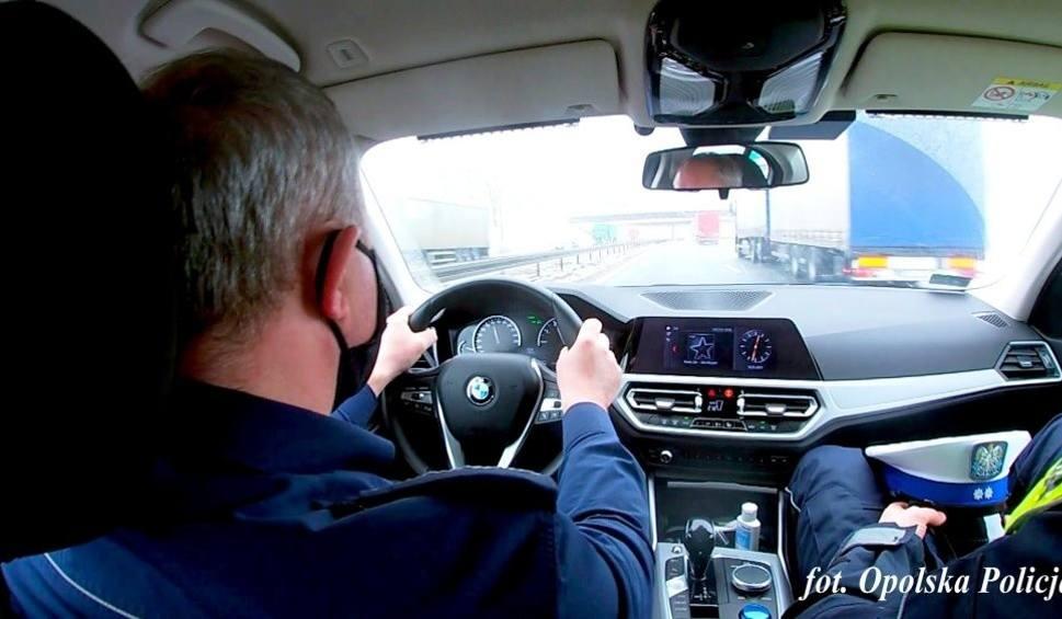 Film do artykułu: 150 mandatów dla kierowców jadących autostradą A4. Opolscy, dolnośląscy oraz śląscy policjanci połączyli siły
