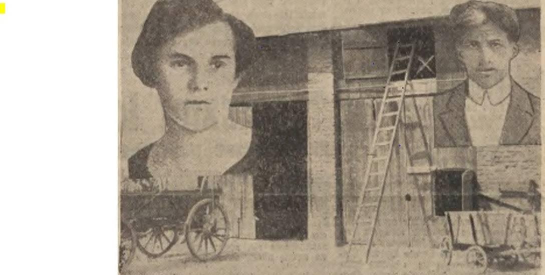 Jadwiga Landekowa i Roman Jarkulisz na tle stodoły, w której zginęeli