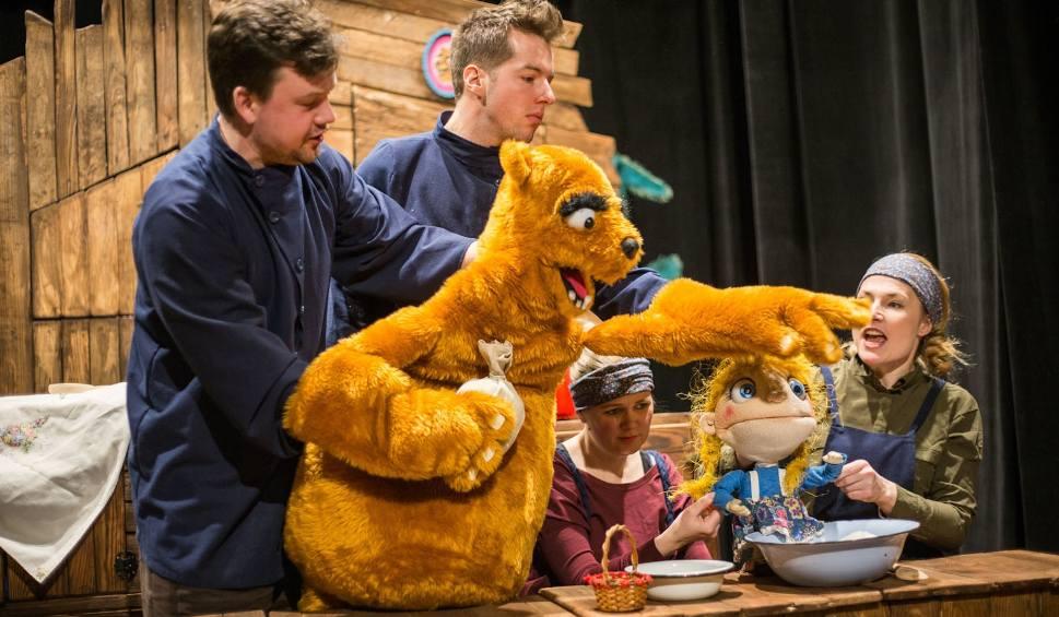 Film do artykułu: Premiera w teatrze Tęcza. Niedźwiedź i Masza - czyli gdzie moja kasza? [wideo, zdjęcia]