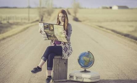Sprawdź, ile zarobisz na rękę w ciągu roku pracy za granicą. Porównanie rocznych zarobków w różnych krajach