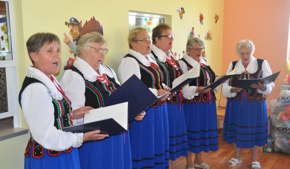 Gmina Jastrząb. Zespół ludowy Gąsawianki świętuje 50-lecie. W sobotę huczna biesiada