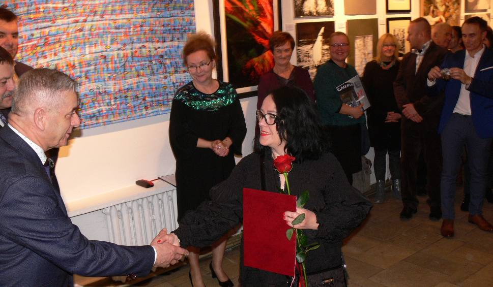 """Film do artykułu: Artyści """"Porównań"""" nagrodzeni w Biurze Wystaw Artystycznych w Sandomierzu. Posypał się deszcz nagród"""
