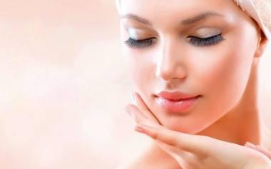 Jak przywrócić skórze blask po zimie? Te zabiegi kosmetyczne możesz wykonać tylko wczesną wiosną!