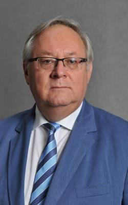 Prof. dr hab. Grzegorz Wielgosiński,  kierownik Zakładu Technik Inżynierii Środowiska na Wydziale Inżynierii Procesowej i Ochrony Środowiska Politechniki