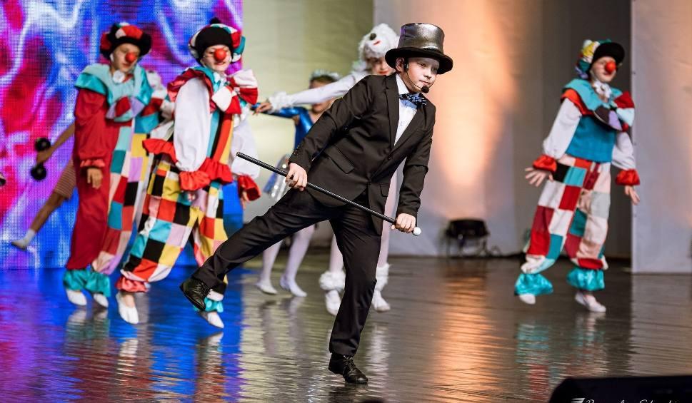 Film do artykułu: Pędziwiatry z Łodzi i zespół Kiki Dance nagrodzone na Festiwalu Harcerskim w Kielcach [WIDEO, ZDJĘCIA]