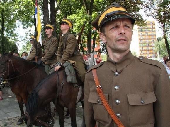 Dionizy Krawczyński podczas tegorocznego Marszu Szlakiem I Kompanii Kadrowej.