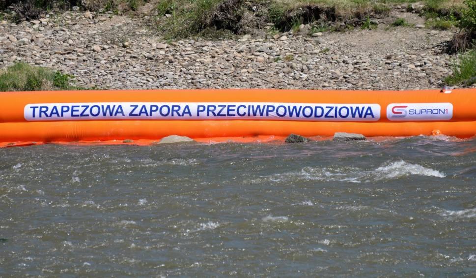 Film do artykułu: Podnosi się poziom wody w rzekach w Małopolsce