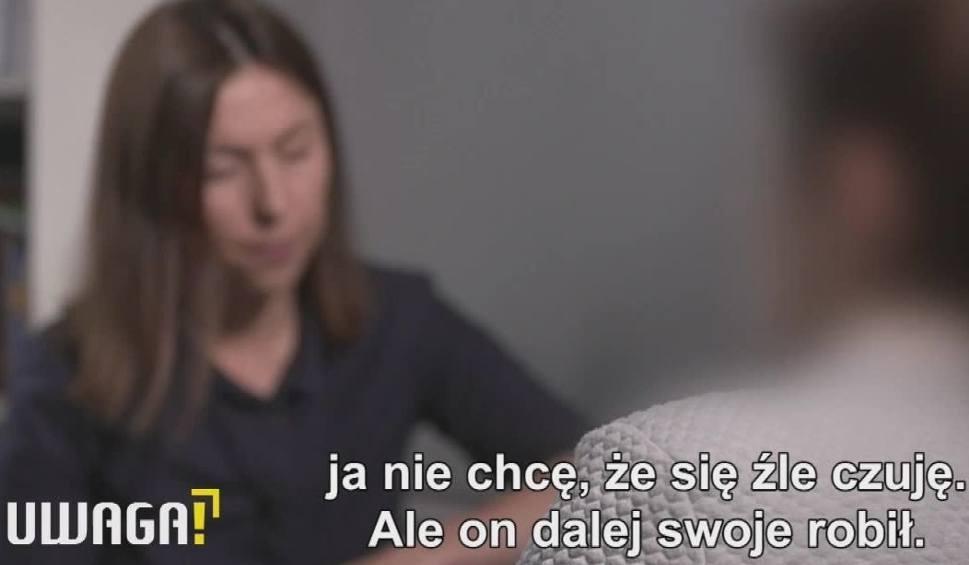 """Film do artykułu: Nastolatka zgwałcona na domówce? """"Syn nie ma sobie nic do zarzucenia"""". Sprawa w programie Uwaga! TVN"""