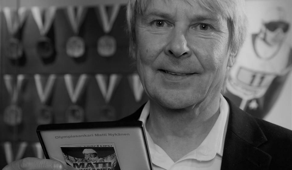 Film do artykułu: Matti Nykaenen nie żyje. Legendarny skoczek miał 55 lat. Przyczyna śmieci Mattiego Nykaenena nie jest znana