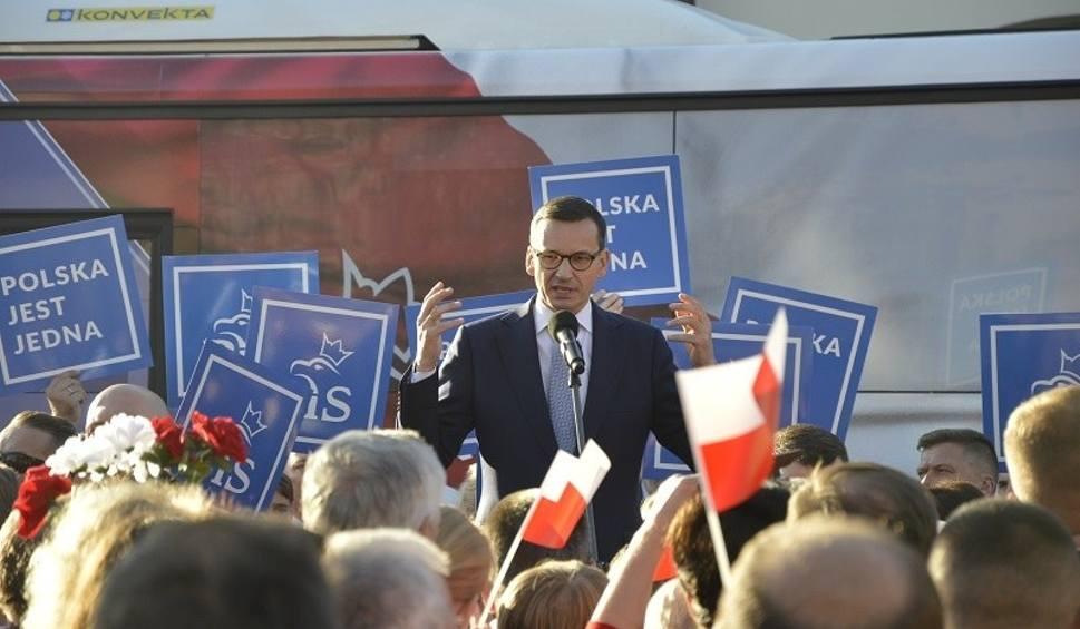 Film do artykułu: Premier Mateusz Morawiecki odwiedził Staszów i spotkał się z mieszkańcami powiatu [DUŻO ZDJĘĆ]