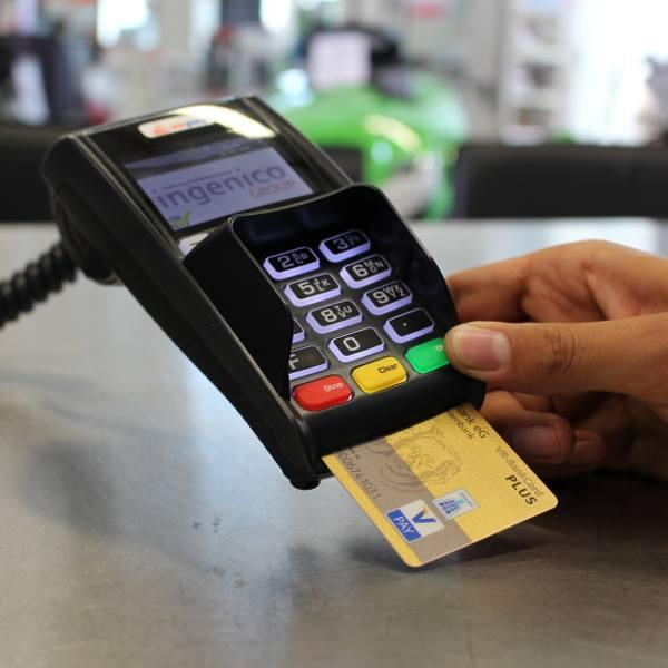 Awaria systemu płatności zawsze nadchodzi niezapowiedziana. Jeśli jesteś w sklepie z koszykiem zakupów, pół biedy, możesz odstawić je na półkę. Gorzej,