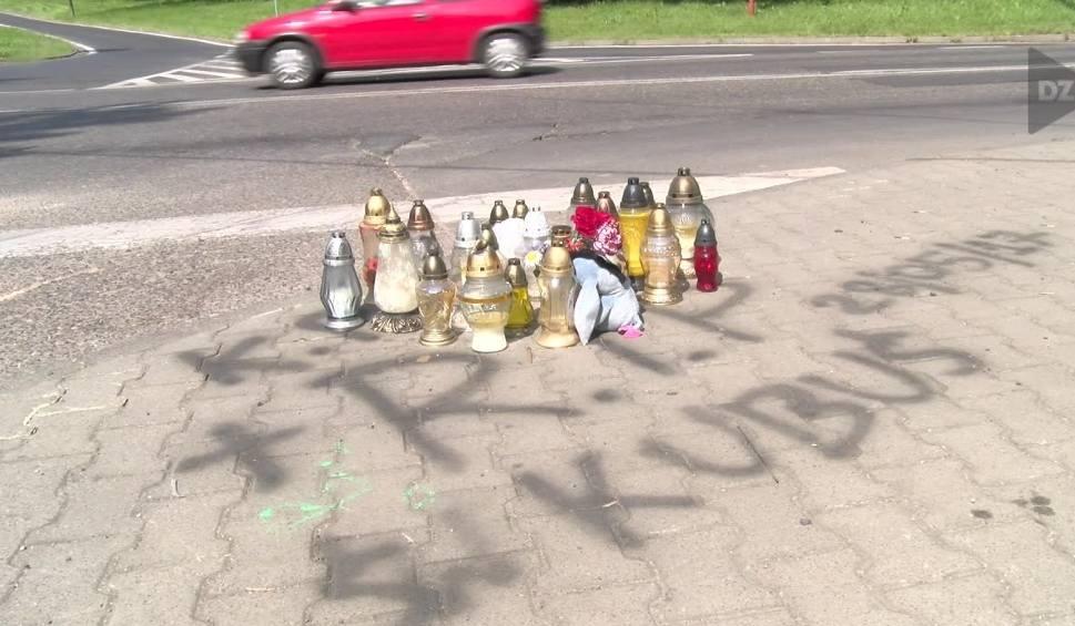 Film do artykułu: Koszmarny wypadek motocyklowy w Zabrzu. Zginął 4-latek NOGA Z GAZU