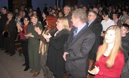 Publiczność długo nie chciała wypuścić artystów ze scenyFot. Maryla Rzeszut