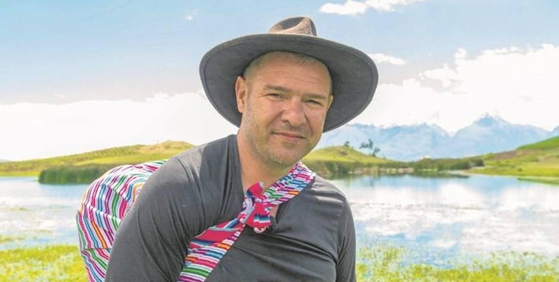 """Tomasz Karolak zdobył wielką popularność rolą w serialu """"39 i pół"""". Teraz szykuje się do jego kontynuacji"""