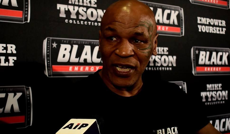 Film do artykułu: Mike Tyson: Briedis miał prawo oddać Głowackiemu za faule. Ale powinien ponieść konsekwencje [WIDEO]