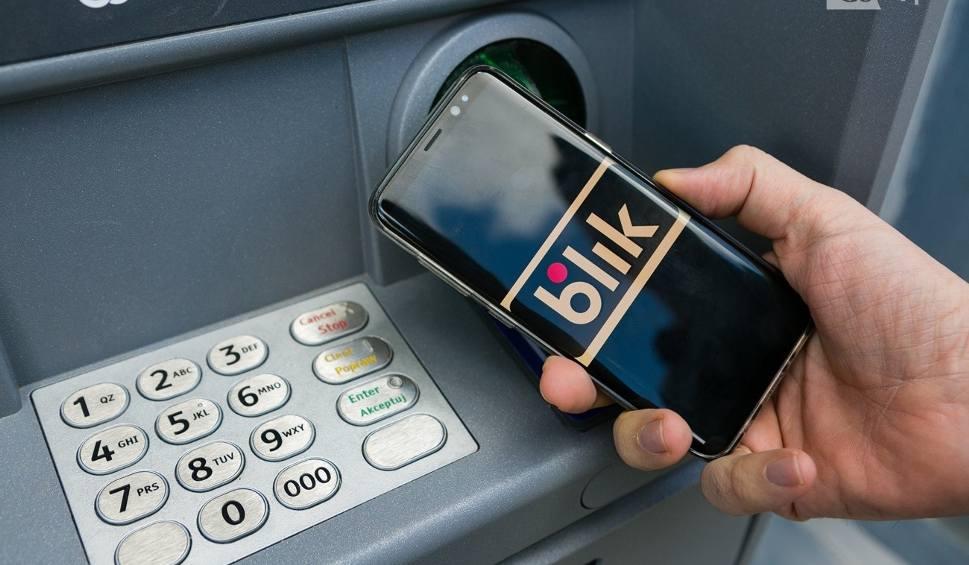 Film do artykułu: Uważaj na oszustów, którzy wyłudzają pieniądze na BLIK-a