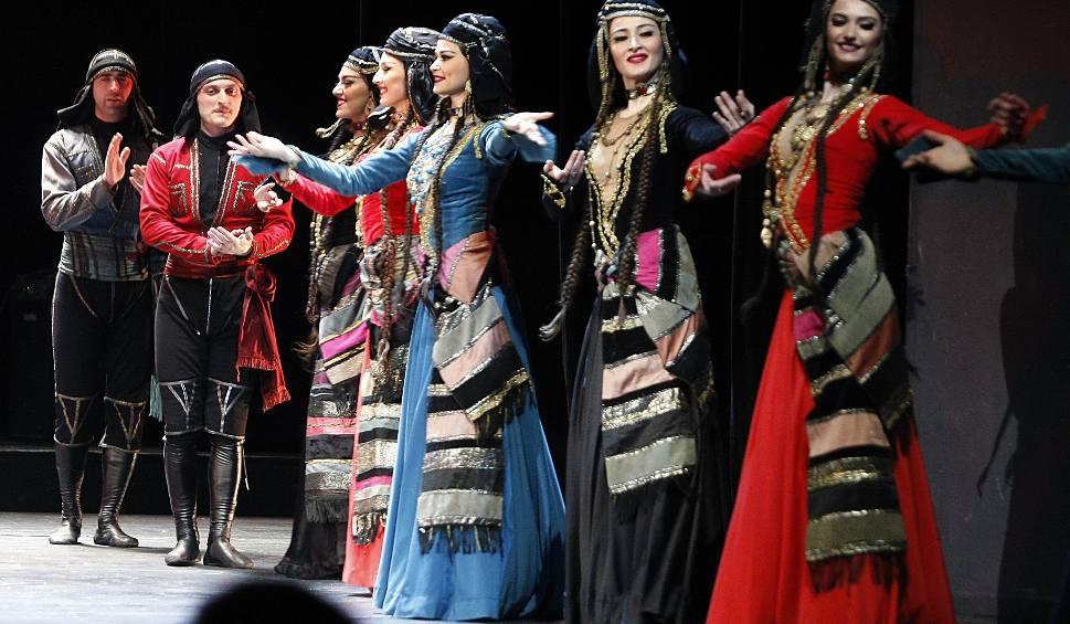 """Film do artykułu: Narodowy Balet Gruzji """"Sukhishvili"""" w Teatrze Wielkim w Łodzi [ZDJĘCIA,FILM]"""