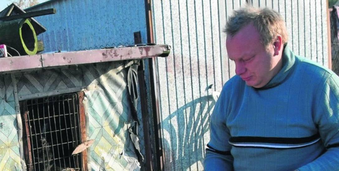 Mariusz nie chce już palić śmieciami, ale nie ma opału i potrzebuje pomocy