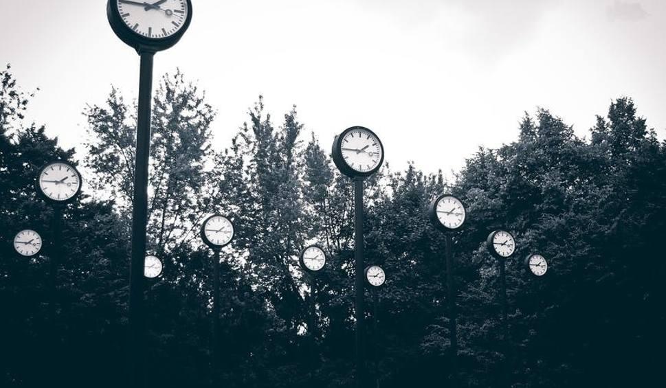Film do artykułu: Zmiana czasu 2018 KIEDY - 25.03.2018. Czas letni niedługo! Przestawiamy zegarki w nocy 24/25.03. Zmiana czasu na letni 2018 ostatnia zmiana!