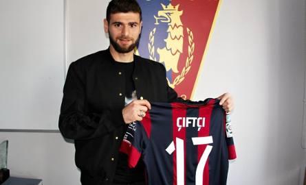 Nadir Ciftci po podpisaniu umowy z Pogonią.