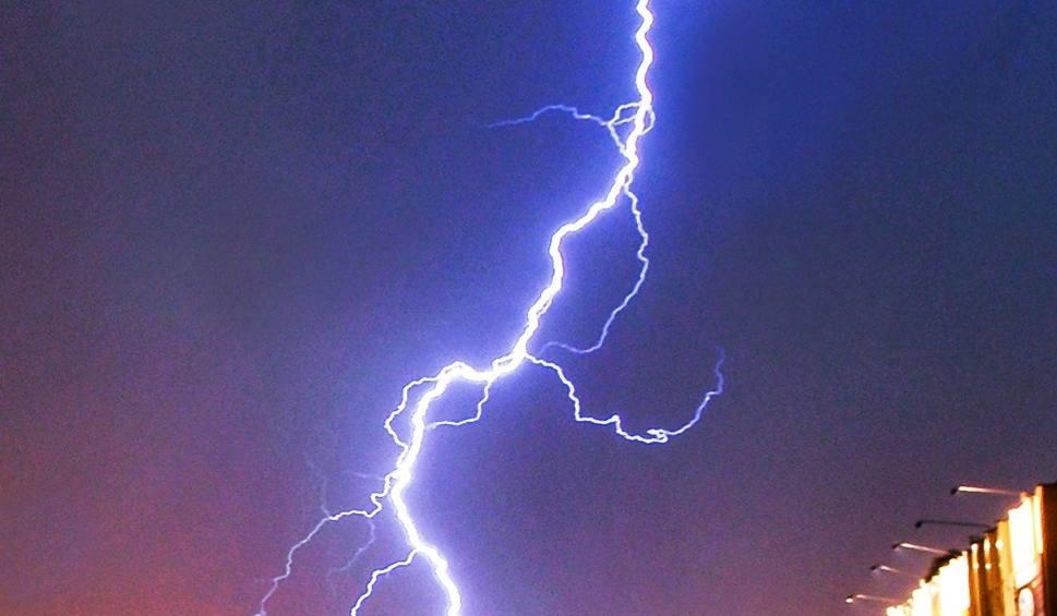 Film do artykułu: Gdzie jest burza? Radar burzowy online, aktualne mapy burzowe i ostrzeżenia IMGW (2.06.2020)