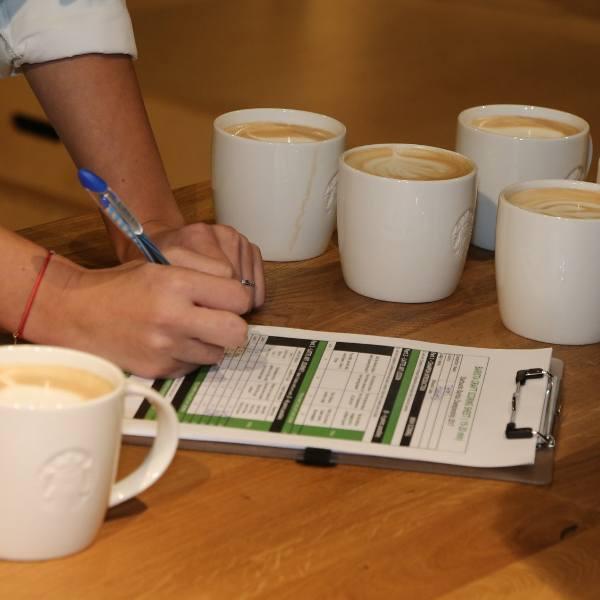 Nowy kodeks pracy 2018. Będziesz mieć dłuższą dniówkę jeśli: pijesz kawę, wysyłasz prywatne mejle, palisz papierosy