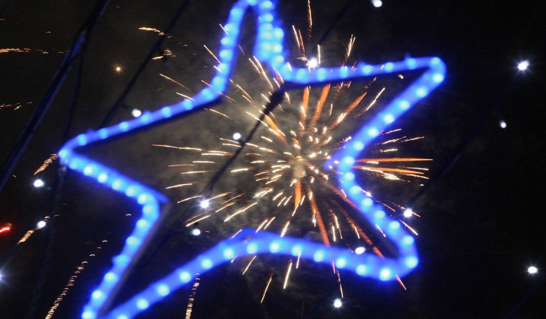 Najlepsze życzenia Na Nowy Rok 2019 życzenia Noworoczne Sms