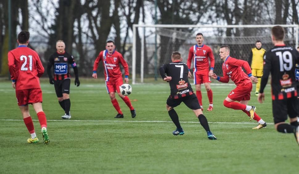 Film do artykułu: Piłkarski weekend na żywo [wyniki, 3, 4 i 5 ligi - 23/24.03.2019]