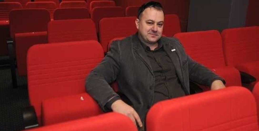Marek Pijanowski przez wiele lat był dyrektorem Dworu Artura. W Departamencie Kultury i Edukacji Urzędu Marszałkowskiego pracował od stycznia