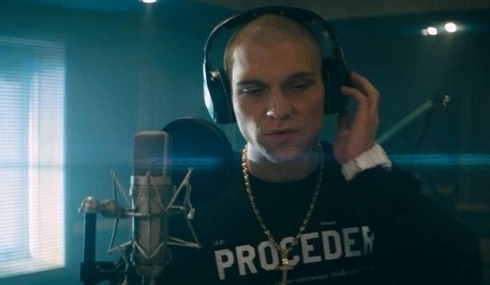 Film do artykułu: Proceder, czyli Chada – raper, gangster, narkoman, idol