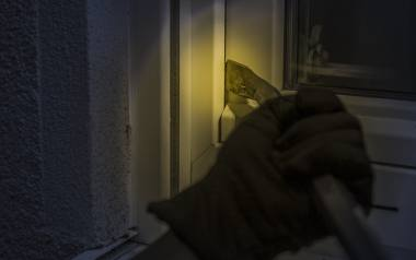 Bezpieczniej w Łódzkiem, ale więcej włamywaczy i zabitych na drogach