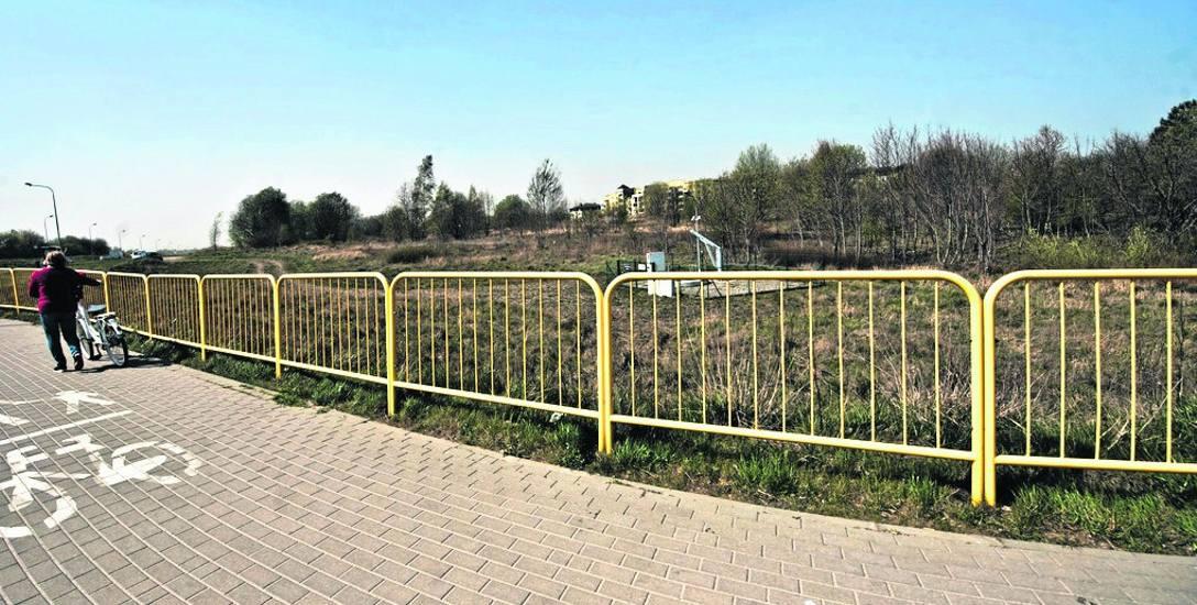 Działka w sąsiedztwie KTBS została sprzedana w ubiegłym roku za ponad 5 mln złotych; teren jest przewidziany pod usługi komercyjne, może tu także stanąć