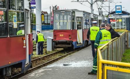 Do zderzenia dwóch tramwajów na ul. Fordońskiej doszło  w czwartek, chwilę po godz. 14.00. Tramwaje jechały w tym samym kierunku.8 pasażerów obu tramwajów