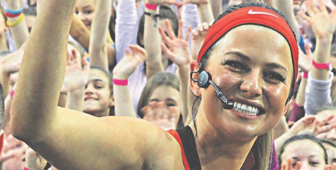 Popularna trenerka Anna Lewandowska co roku wyjeżdża z klientami na obóz sportowy