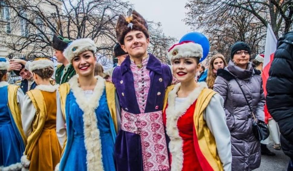 Film do artykułu: Barwny festiwal i moc atrakcji na Krakowskim Przedmieściu