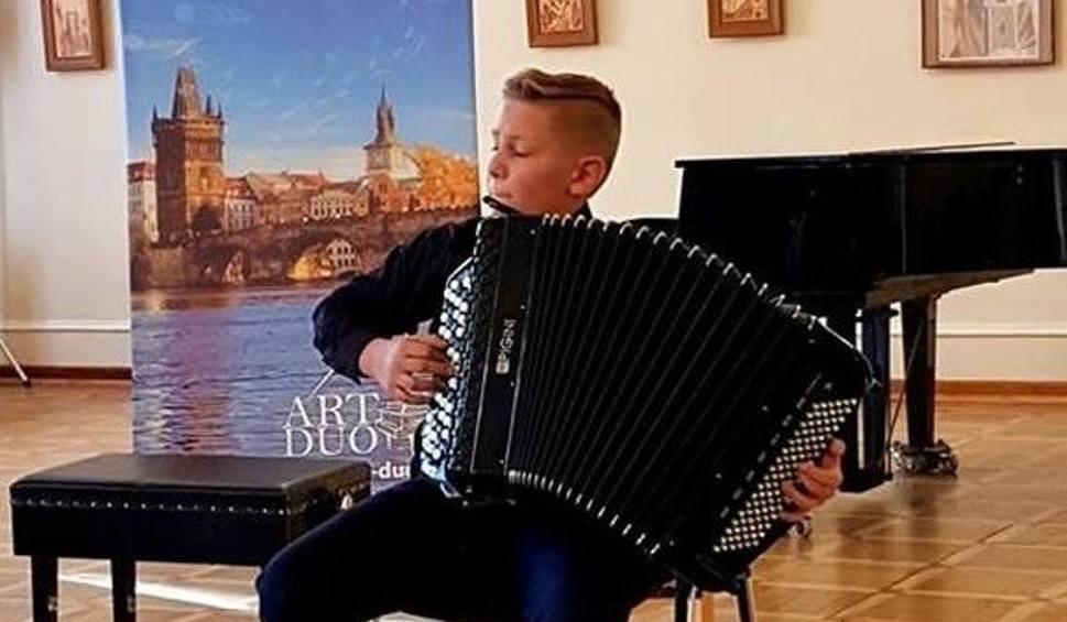 Film do artykułu: Kuba - akordeonista z Jeżowego - najlepszy na festiwalu w Pradze