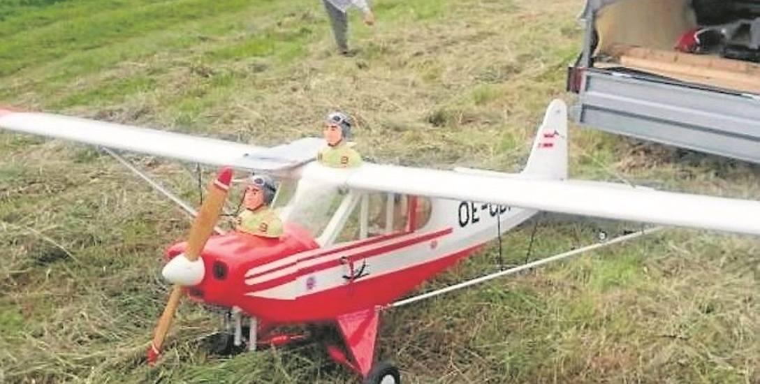 Pasjonaci na pole należące do jednego z kolegów zwozili modele i tam je puszczali. Twierdzą, że nie latali nimi nad budynkami
