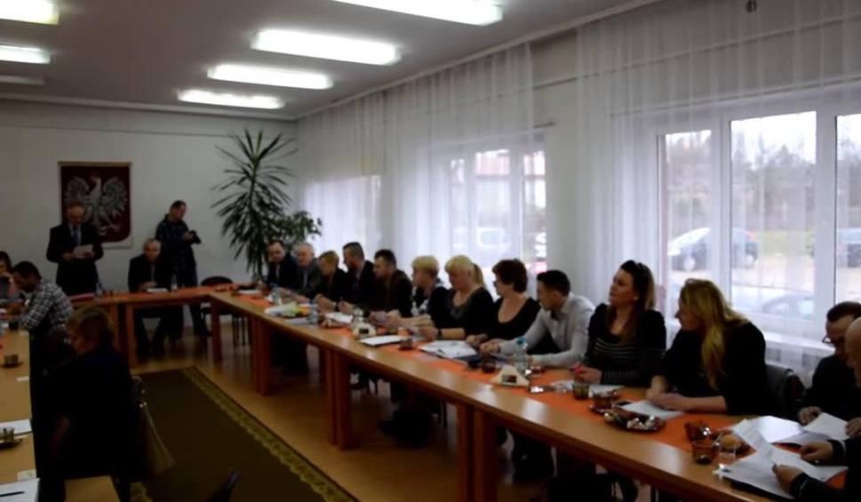 Film do artykułu: Szkoły w gminie Trzebielino przegłosowane