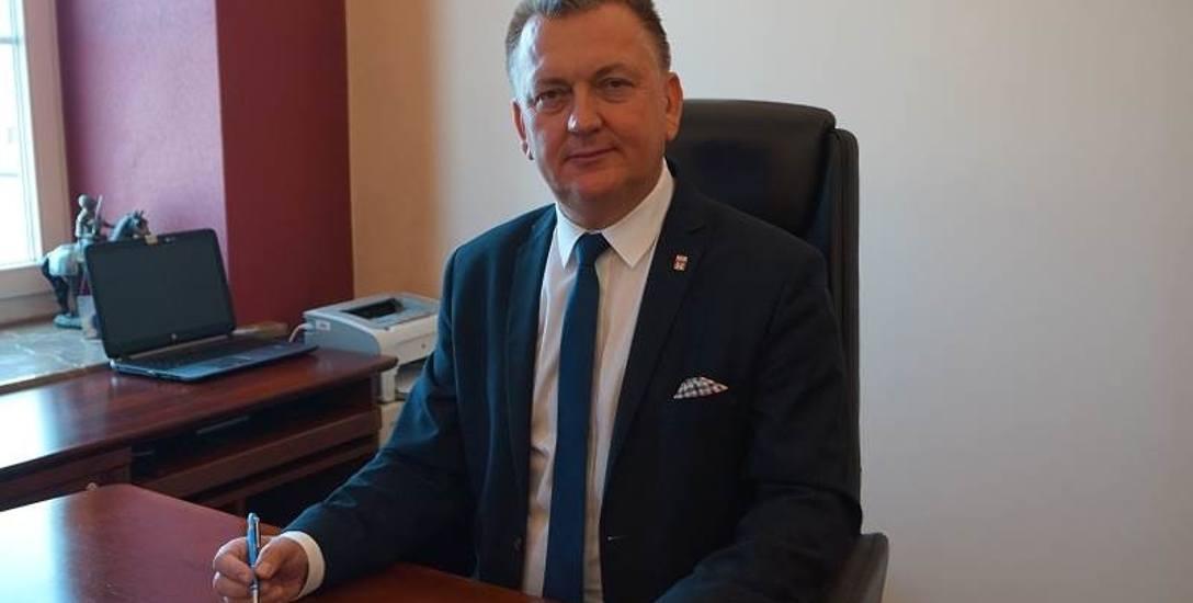 Burmistrz Gminy i Miasta Chęciny Robert Jaworski