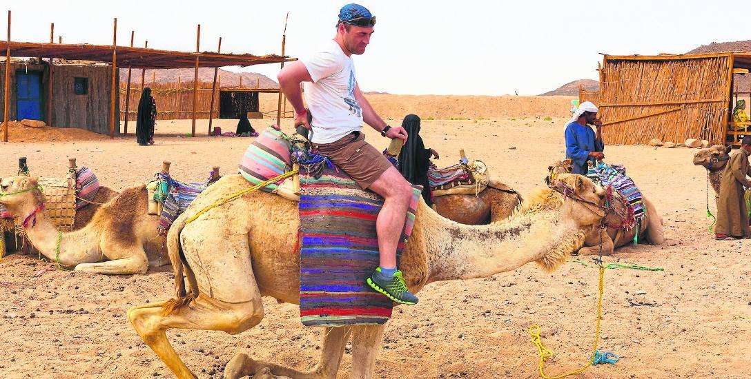 Egipt, Izrael, Tunezja. Minister ostrzega, a turyści dobrze się bawią